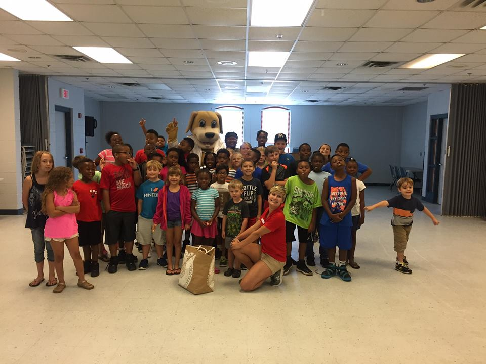 MainStreet Mascot at Eufaula Rec Center with big group of kids