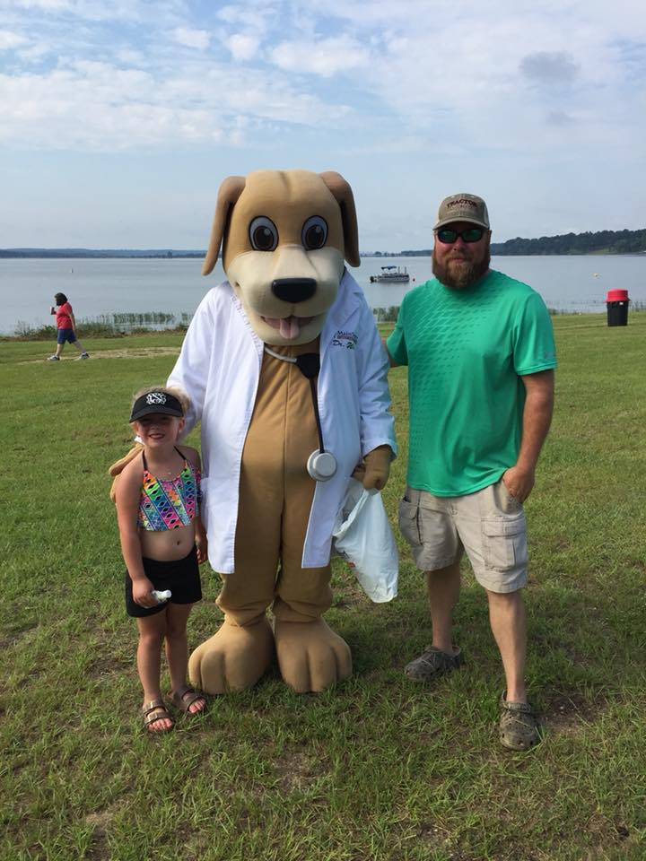 MainStreet Mascot at Eufaula Boat Races